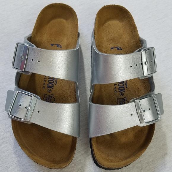 d4c76941a405 Birkenstock Shoes - Nwot Birkenstock Arizona silver sandals US 7 EU 38